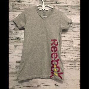 REEBOK Grey graphic tee size large